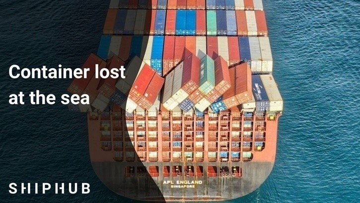 Containers lost at the sea